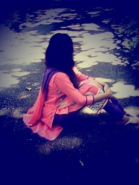 Lonely Girl by MaeStyles