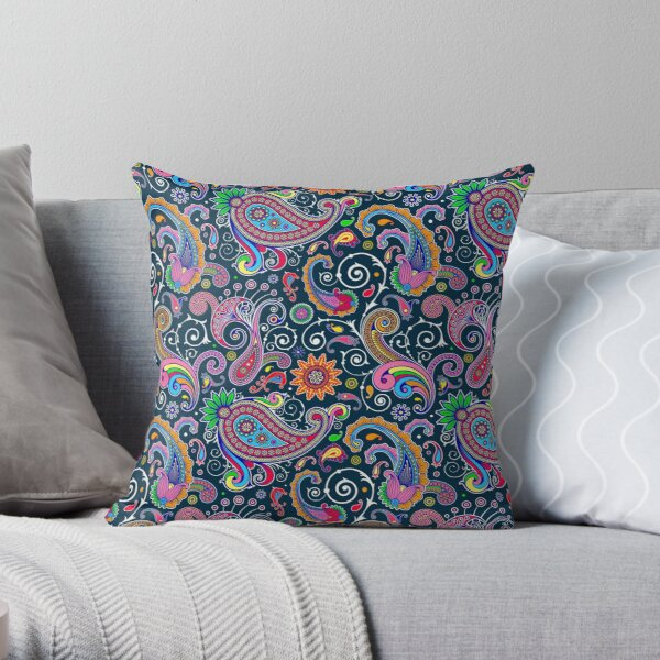 Retro Paisley Pattern Throw Pillow