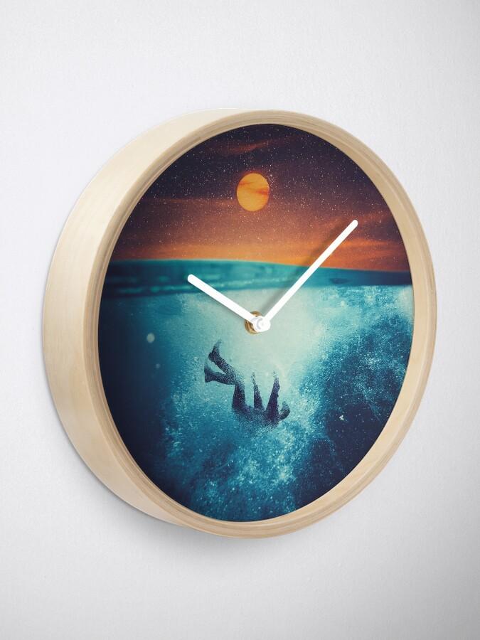 Alternate view of Immergo Clock
