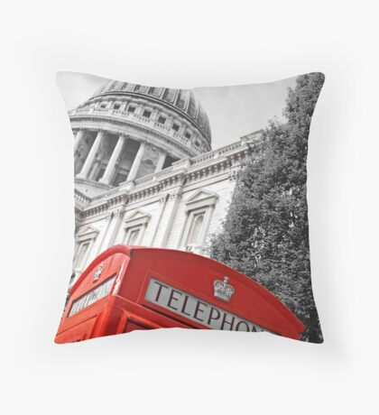 London phone box Throw Pillow