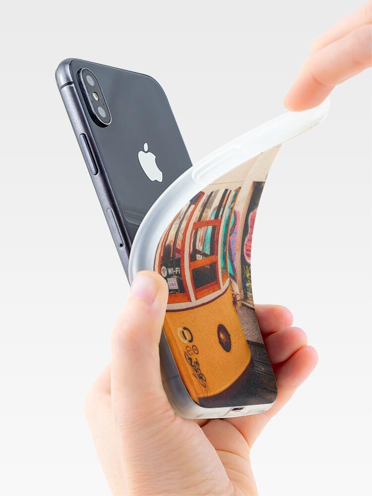 Coque iPhone ''BOM DIA LISBOA   Tramway N°1': autre vue