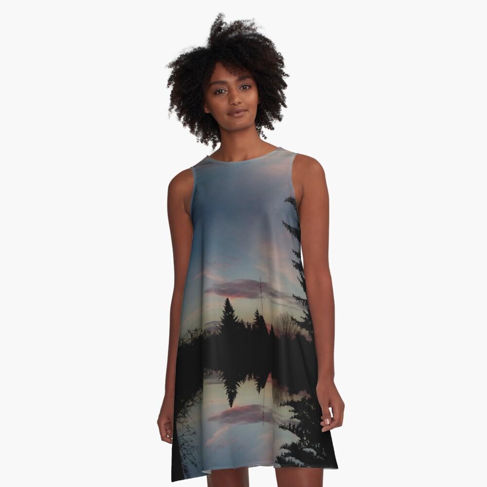 Sonnenhorizont Spiegelung Ufowolke A-Linien Kleid