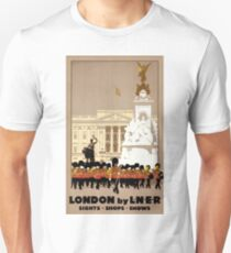 London Vintage Travel Poster Restored Slim Fit T-Shirt