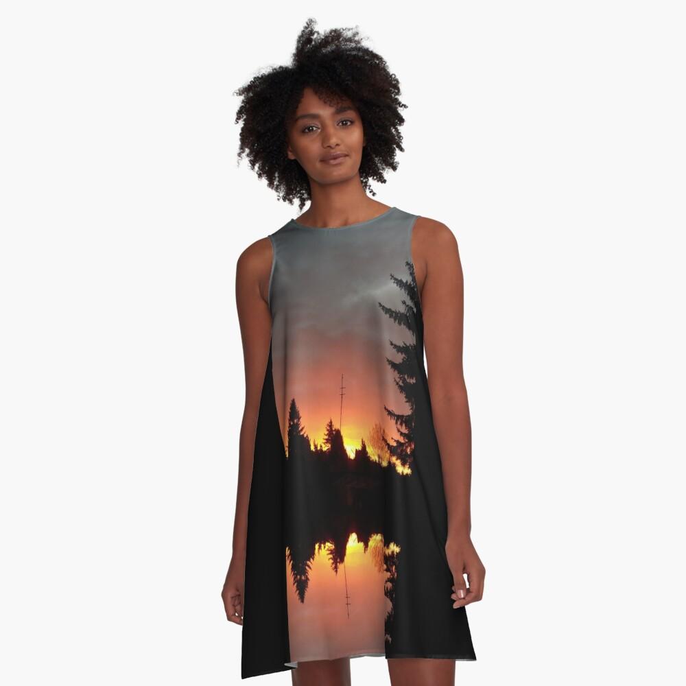 Morgenrotdrama Small A-Linien Kleid