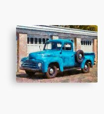 Truck - An International old truck Canvas Print