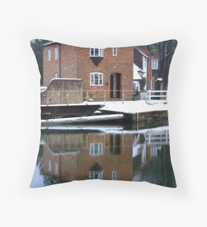 Reflections - Kennet and Avon Canal Throw Pillow