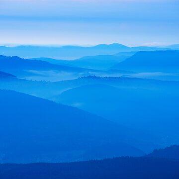 «Les Vosges dans la brume» par Isenmann