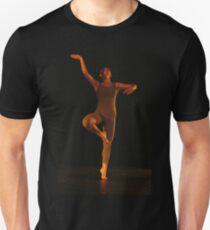 Malgrè tout  Unisex T-Shirt