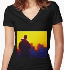 ATARDECER EN SOMO Women's Fitted V-Neck T-Shirt