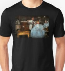 Barber - Portable music player 1921 Unisex T-Shirt