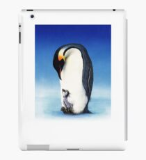 Emperor penguin with chick iPad Case/Skin