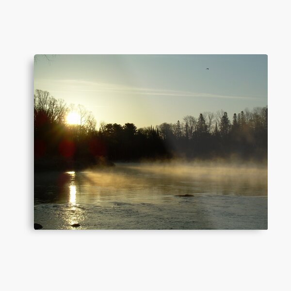 Mississippi river Dawn light rays Metal Print