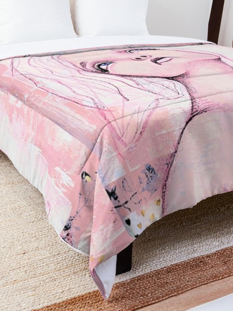 Alternate view of Bird Watching Comforter