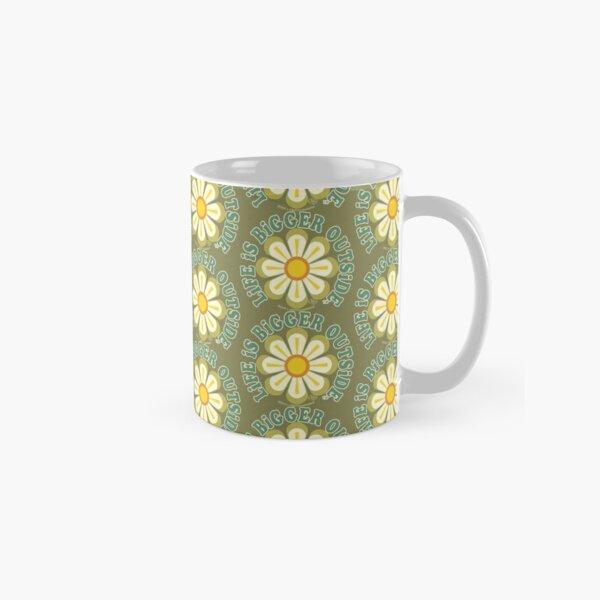 Life is Bigger Outside- Big Flower-Green Classic Mug