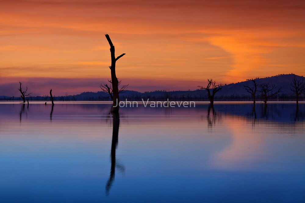 Lake Hume 10 by John Vandeven