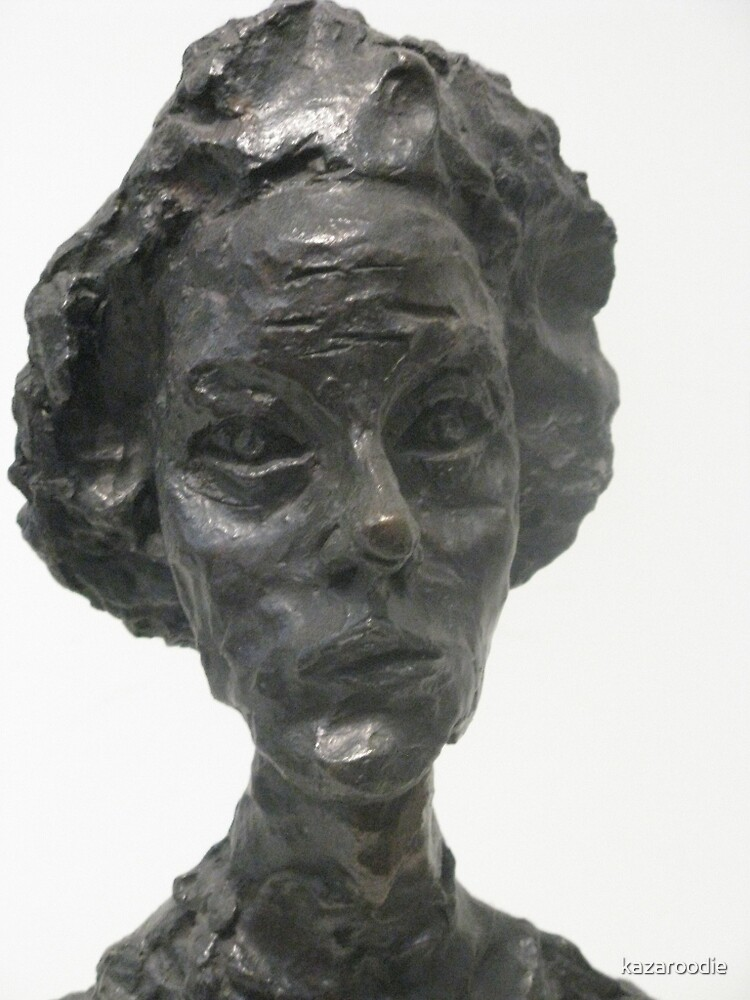PORTRAIT OF A WOMAN by kazaroodie
