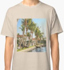 Watching the boat races, Palm Beach, Florida 1906 Classic T-Shirt
