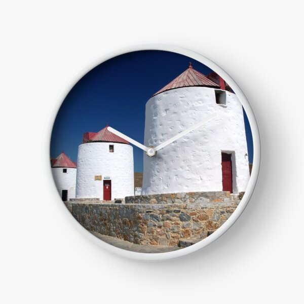 LES MOULINS D'ASTYPALAIA, DODECANESE Horloge