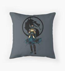 Kitana - Mortal Kombat X Throw Pillow