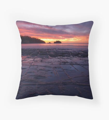 Sunrise over the Tessellated Pavement Throw Pillow