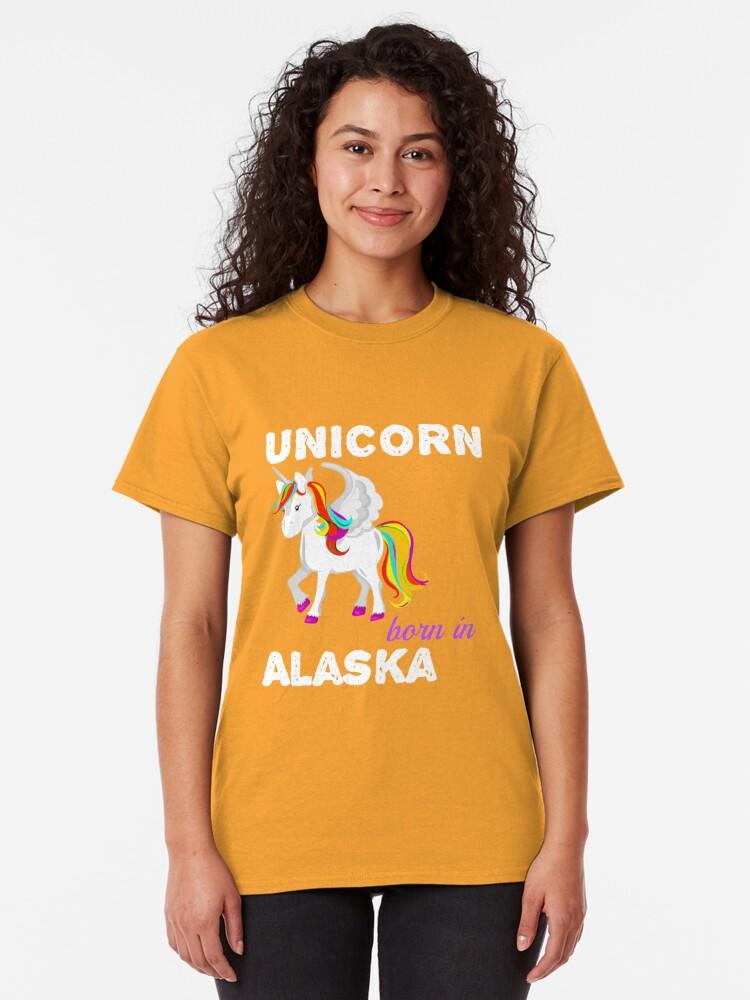 Alternative Ansicht von Einhorn in Alaska geboren Classic T-Shirt