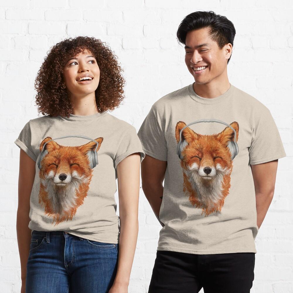 Smiling Musical Fox Classic T-Shirt
