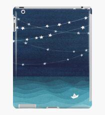 Garland von Sternen, aquamariner Ozean iPad-Hülle & Klebefolie