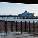 Pier gerahmt von Country  Pursuits