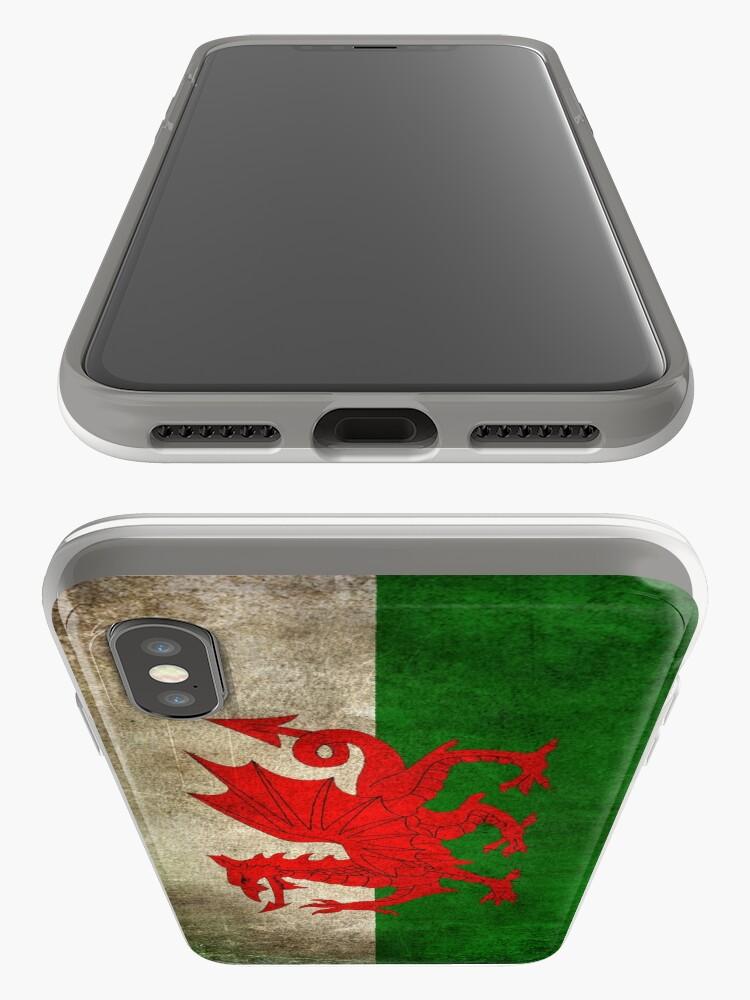 Vista alternativa de Vinilos y fundas para iPhone Viejo y gastado angustiado Vintage Bandera de Gales