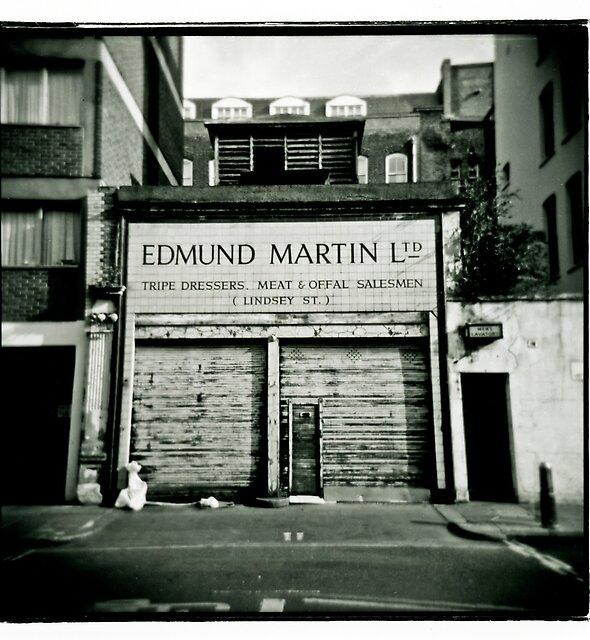 «Edmund Martin - Aparadores Tripe» de DBrooks