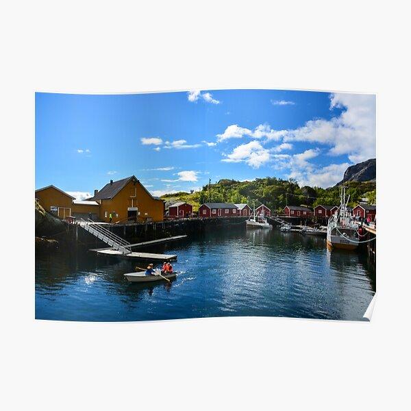 Rorbuer am Nusfjord auf den Lofoten, Norwegen / Skandinavien Poster