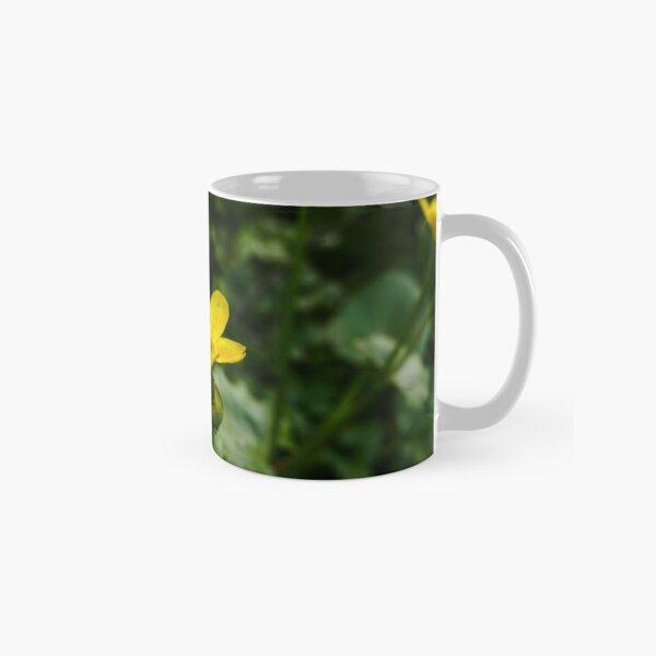 Marsh Marigold (Caltha palustris) Classic Mug