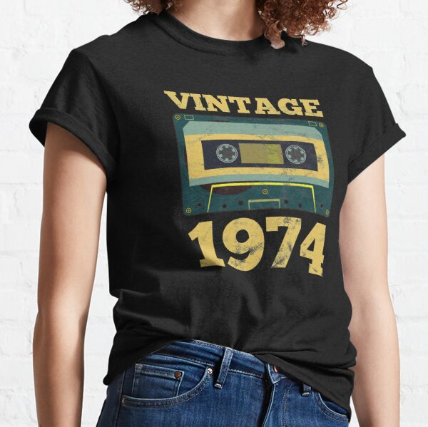 Vintage 1974 Retro Birth Year Birthday Gift Idea Classic T-Shirt