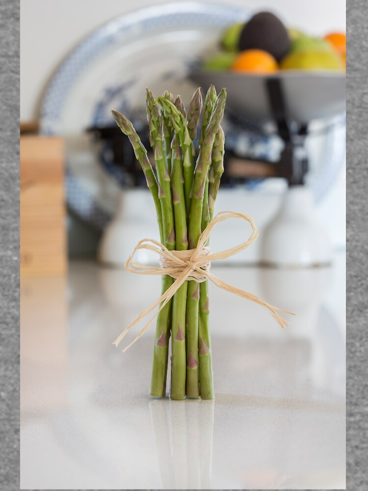 Asparagus by Femaleform
