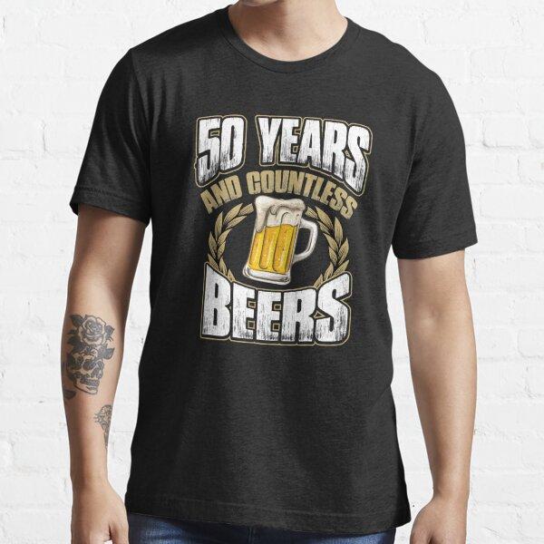 Lustiges 50. Geburtstags-T-Shirt fünfzig Jahre und unzählige Biere Essential T-Shirt