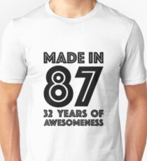 32nd Birthday Gift Adult Age 32 Year Old Men Women Dad Mom Slim Fit T-Shirt