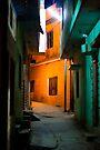 Haridwar:An empty street by Dinni H