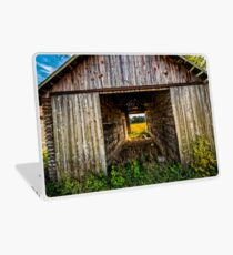 old vintage barn Laptop Skin