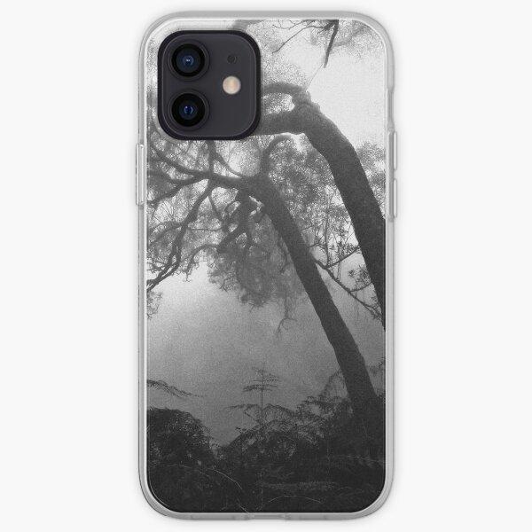 Forêt brumeuse Coque souple iPhone
