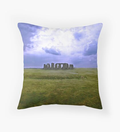 The solemn sight of Stonehenge Throw Pillow