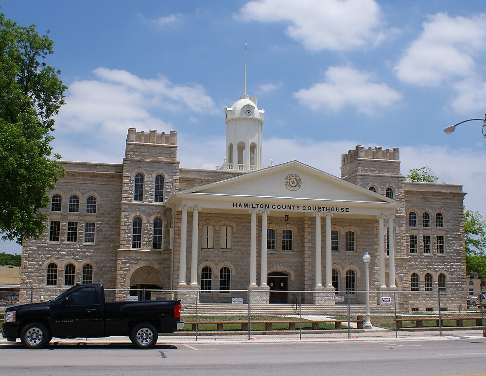 Hamilton County Courthouse by TxGimGim