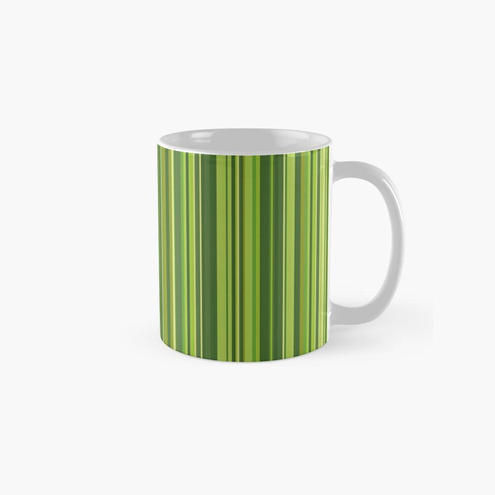 Viele bunte Streifen in Grün Tasse
