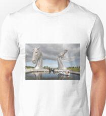The Kelpies sculptures  Unisex T-Shirt