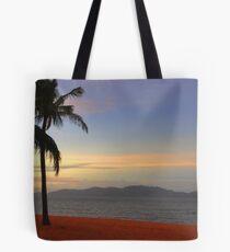 Strand Sunset-HDR Tote Bag