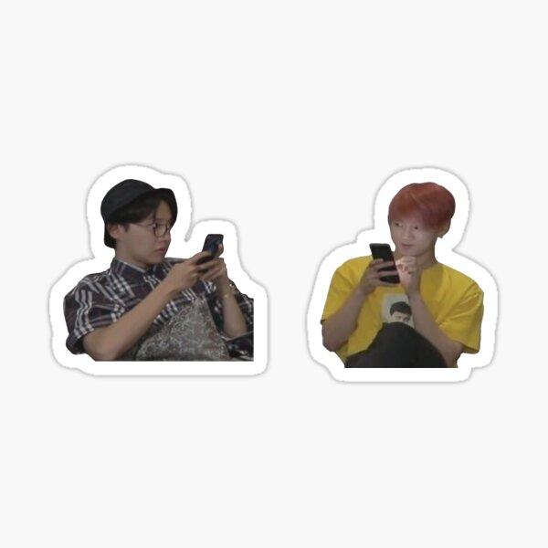 BTS Jungkook y Jhope Meme Pegatina