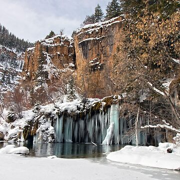 Hanging Lake by valentina9