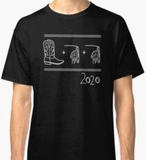 Stiefel und gezeichnete Illustration mit zwei Rändern Hand. Wie sagt man Bürgermeister Pete Buttigiegs Namen? 2020 Präsidentenrennen. Classic T-Shirt