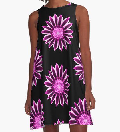 wundervolle Blume in pink und violett A-Linien Kleid