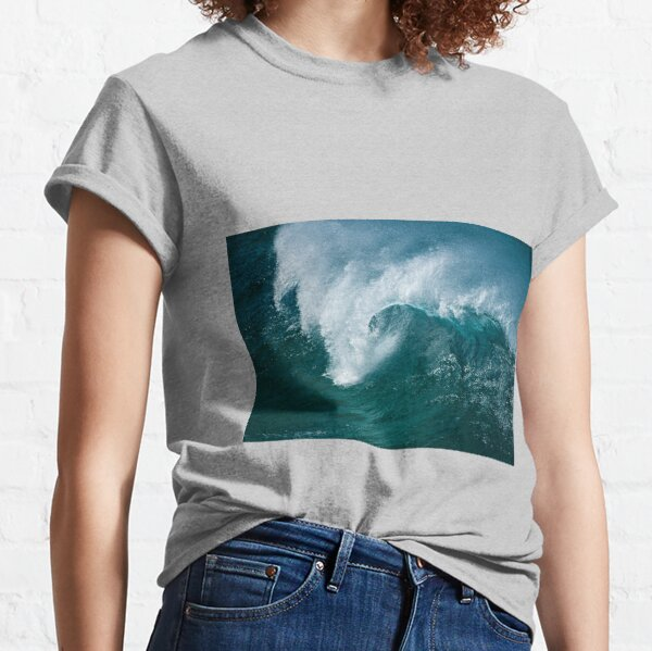 Crunch Time _ North Stradbroke Island Classic T-Shirt