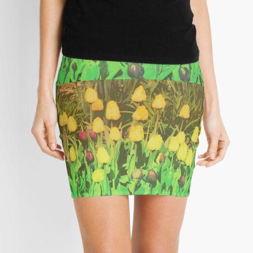 Card: Tulips Mini Skirt